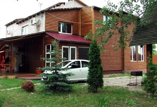 Дом  посуточно в Полтаве. Киевский район, ул. Виноградная, 12. Фото 1