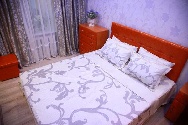 2-комнатная квартира посуточно в Одессе. Приморский район, ул. Осипова, 30. Фото 1