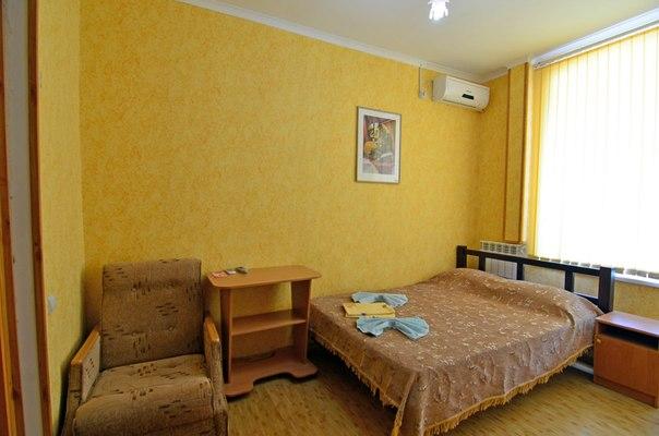 2-комнатная квартира посуточно в Алуште. ул. Заречная, 11. Фото 1
