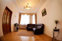 3-комнатная квартира посуточно в Львове. Галицкий район, ул. Кулиша, 31. Фото 1