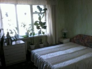 2-комнатная квартира посуточно в Шостке. ул. Депутатская, 15. Фото 1