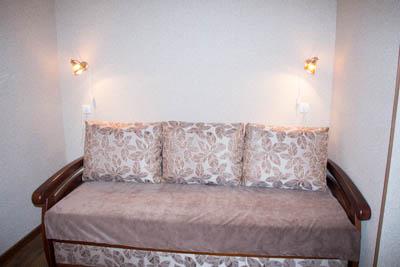 1-комнатная квартира посуточно в Одессе. Малиновский район, Фонтанская дорога, 12г. Фото 1