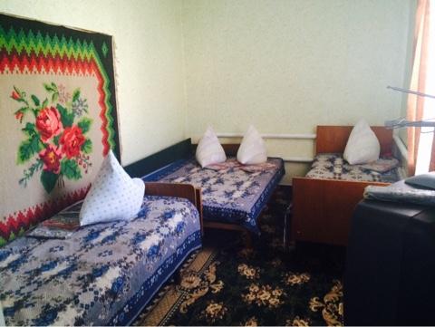 2-комнатная квартира посуточно в Бердянске. ул. Красная, 32. Фото 1