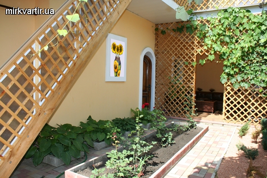 3-комнатная квартира посуточно в Кировограде. Кировский район, ул. Тимирязева, 37. Фото 1
