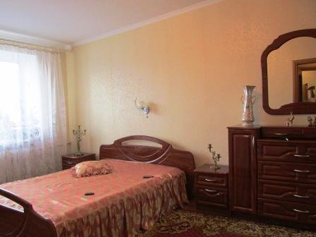 1-комнатная квартира посуточно в Бердянске. ул. Лиепайская, 12. Фото 1