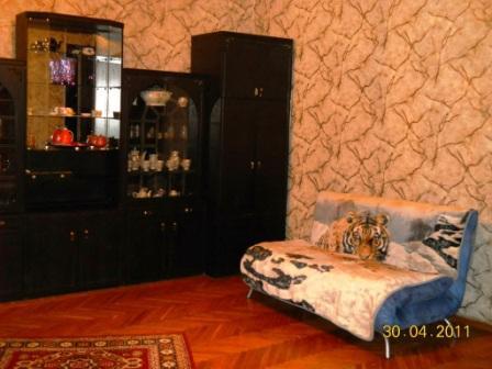 3-комнатная квартира посуточно в Одессе. Приморский район, ул. Пушкинская, 64. Фото 1