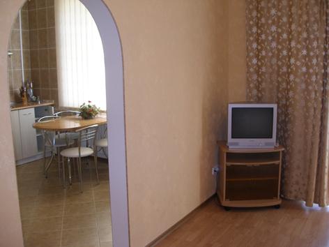 1-комнатная квартира посуточно в Севастополе. Ленинский район, ул. Дроздова, 3. Фото 1