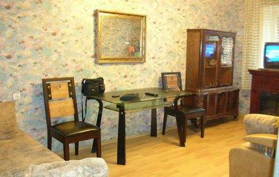 2-комнатная квартира посуточно в Одессе. Приморский район, пр-т. Шевченко, 23. Фото 1