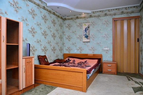 1-комнатная квартира посуточно в Киеве. Оболонский район, пр-т Героев Сталинграда, 13а. Фото 1
