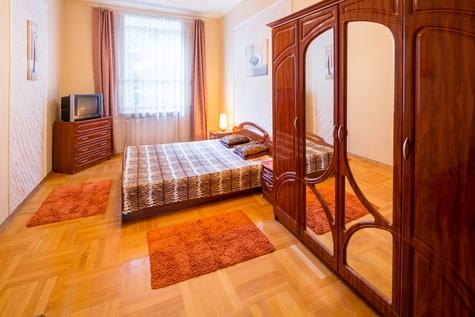 1-комнатная квартира посуточно в Львове. Галицкий район, ул. Кулиша, 14. Фото 1