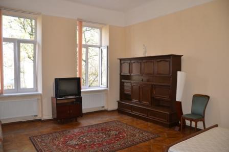 2-комнатная квартира посуточно в Львове. Галицкий район, ул. Техничная, 8. Фото 1
