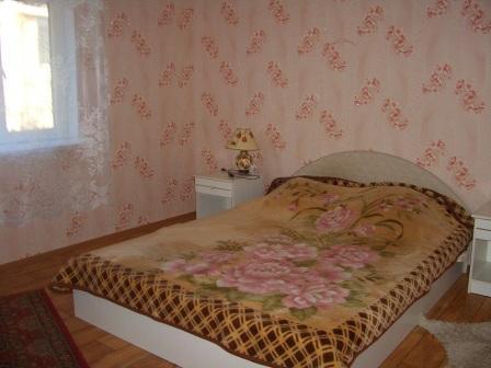 Дом  посуточно в Керчи. ул. Кирова, 62. Фото 1