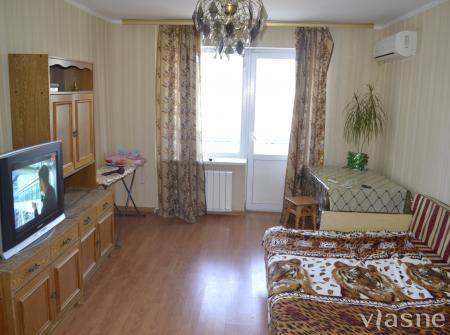 1-комнатная квартира посуточно в Киеве. Святошинский район, ул. Доброхотова, 5. Фото 1