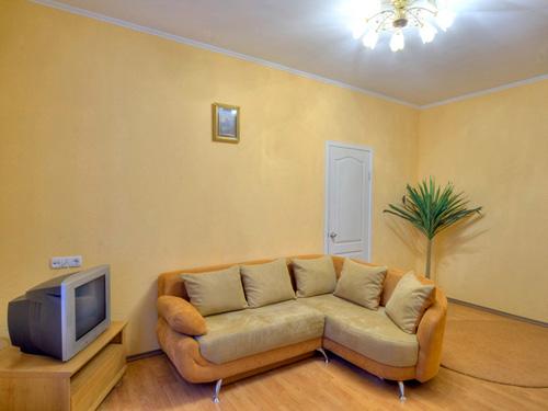 2-комнатная квартира посуточно в Киеве. Печерский район, Круглоуниверситетская, 4. Фото 1