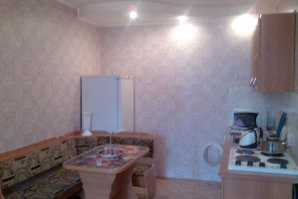 2-комнатная квартира посуточно в Черкассах. ул. Героев Днепра, 53. Фото 1