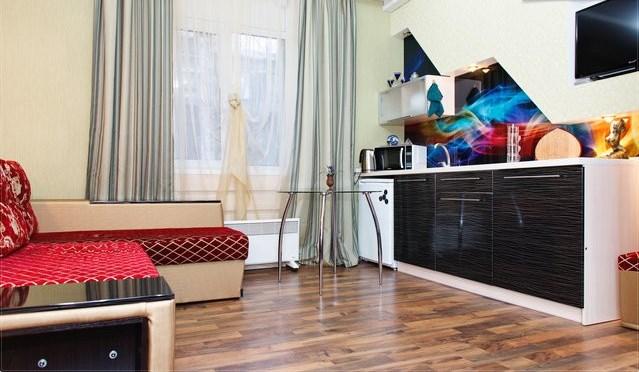 1-комнатная квартира посуточно в Днепропетровске. Бабушкинский район, ул. Плеханова, 7. Фото 1
