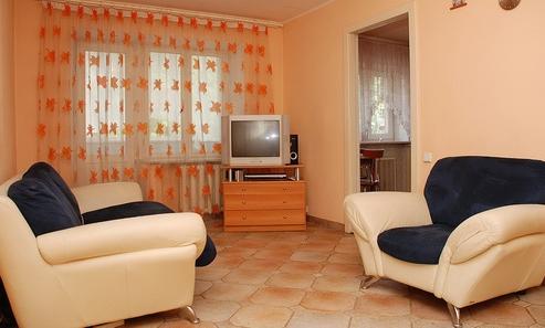 2-комнатная квартира посуточно в Донецке. Ворошиловский район, пр-т Маяковского, 2. Фото 1