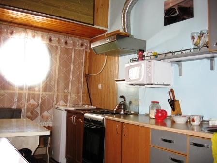 2-комнатная квартира посуточно в Ялте. пгт Отрадное ул. Отрадная, 9. Фото 1