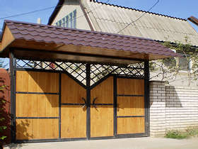 Дом  посуточно в Одессе. Киевский район, ул. Абрикосовая, 97. Фото 1