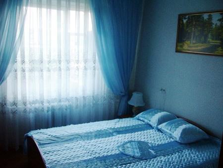 2-комнатная квартира посуточно в Виннице. Ленинский район, ул. Келецкая, 88. Фото 1