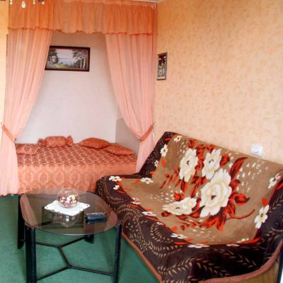 1-комнатная квартира посуточно в Черкассах. б-р Шевченка, 132. Фото 1