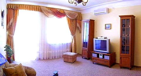 2-комнатная квартира посуточно в Львове. Галицкий район, ул. Староеврейская, 16. Фото 1