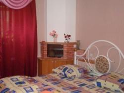 1-комнатная квартира посуточно в Запорожье. Ленинский район, ул. Леонова, 8. Фото 1