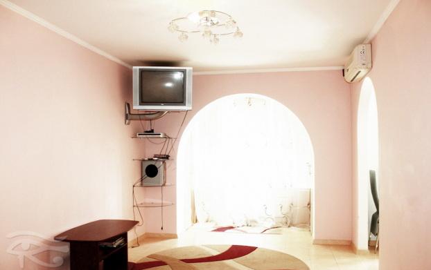 1-комнатная квартира посуточно в Сумах. Заречный район, ул Нижнесыроваткая, 52. Фото 1