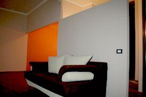 2-комнатная квартира посуточно в Харькове. Киевский район, Московский пр-т, 27. Фото 1