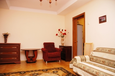 2-комнатная квартира посуточно в Киеве. Печерский район, б-р Леси Украинки, 22. Фото 1