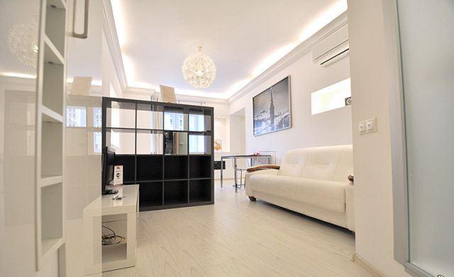 1-комнатная квартира посуточно в Одессе. Приморский район, ул. Литературная, 1 а . Фото 1