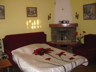 3-комнатная квартира посуточно в Алуште. ул. В.Хромых , 13. Фото 1