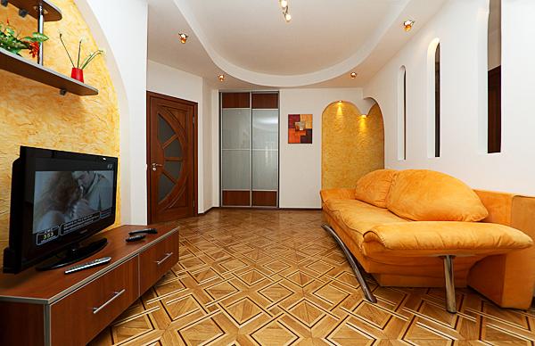 2-комнатная квартира посуточно в Киеве. Голосеевский район, ул.Красноармейская, 116. Фото 1