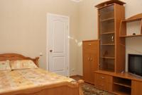 1-комнатная квартира посуточно в Николаеве. Ленинский район, ул. Пограничная (Чигрина), 240. Фото 1