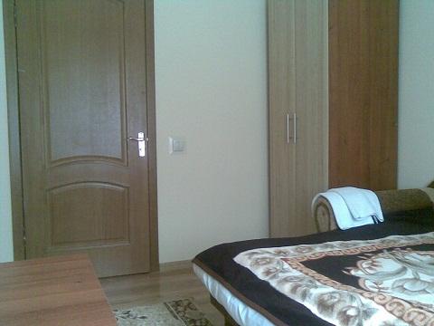 2-комнатная квартира посуточно в Трускавце. ул. Ивасюка, 1. Фото 1