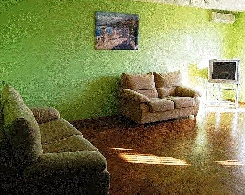 2-комнатная квартира посуточно в Николаеве. Заводской район, Советская. Фото 1