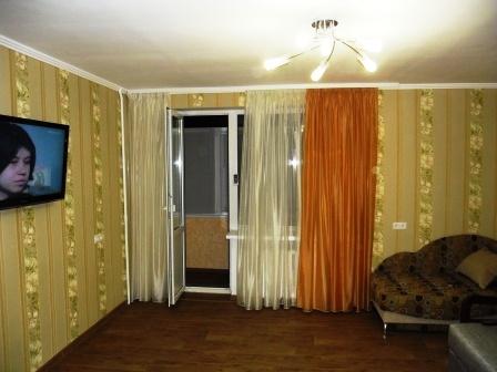 2-комнатная квартира посуточно в Евпатории. ул. Перекопская, 4. Фото 1