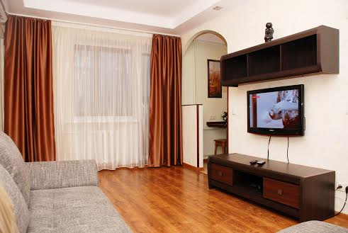 2-комнатная квартира посуточно в Киеве. Печерский район, б-р Леси Украинки, 2. Фото 1