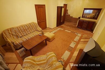 2-комнатная квартира посуточно в Львове. Галицкий район, Гнатюка, 3. Фото 1