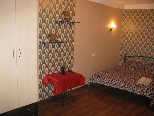 1-комнатная квартира посуточно в Киеве. Оболонский район, ул. полярная, 18. Фото 1