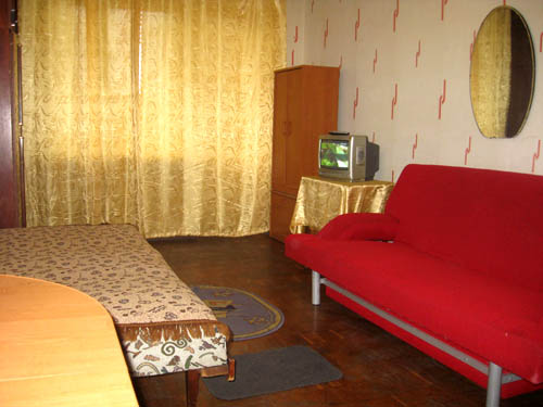 1-комнатная квартира посуточно в Киеве. Соломенский район, б-р Чоколовский, 6. Фото 1