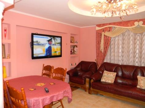 3-комнатная квартира посуточно в Виннице. Ленинский район, ул. Академика Ющенко, 8. Фото 1