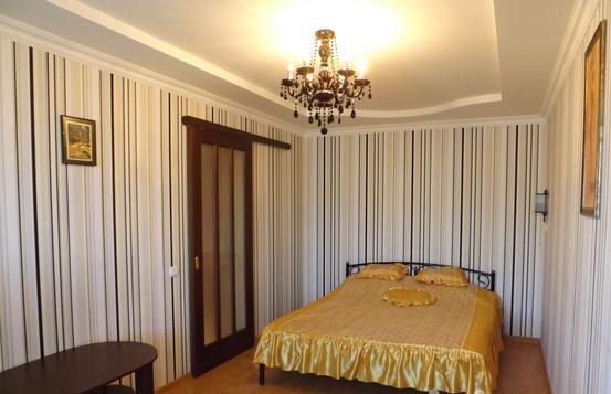 1-комнатная квартира посуточно в Мариуполе. пр. Металлургов, 43. Фото 1