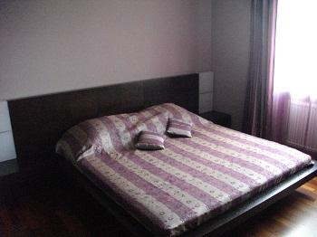 3-комнатная квартира посуточно в Харькове. Дзержинский район, ул. Космическая, 47. Фото 1