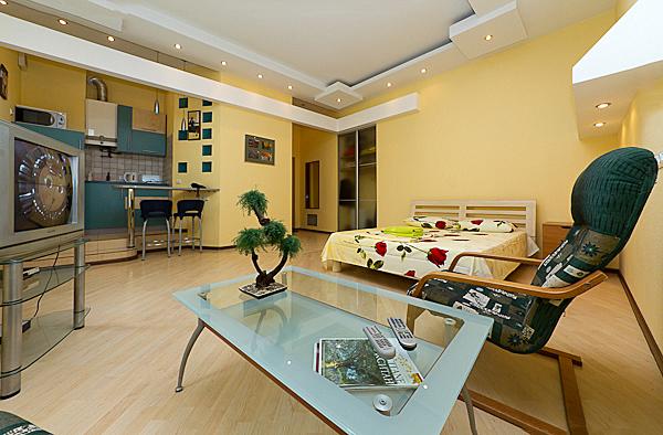 1-комнатная квартира посуточно в Киеве. Печерский район, ул. Бассейная, 3. Фото 1