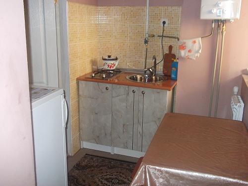 2-комнатная квартира посуточно в Берегово. ул. Тупая, 11а. Фото 1
