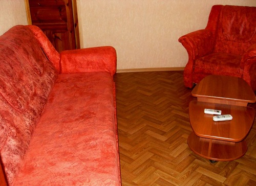 2-комнатная квартира посуточно в Севастополе. Гагаринский район, ул. Ефремова, 14. Фото 1