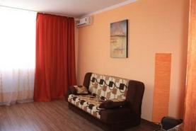 2-комнатная квартира посуточно в Севастополе. Гагаринский район, ул. Колобова, 22. Фото 1