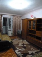 1-комнатная квартира посуточно в Ильичёвске. ул. Ленина, 25. Фото 1