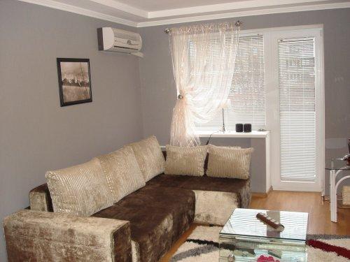 1-комнатная квартира посуточно в Запорожье. Жовтневый район, пр-т Ленина, 97. Фото 1